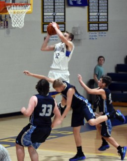 Highlands.Nantahala.basketball.V.boys (32)