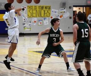 Highlands.Blue.Ridge.basketball.JV.boys.sr.nite (18)