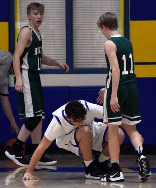 Highlands.Blue.Ridge.basketball.JV.boys.sr.nite (28)