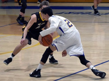 Highlands.Murphy.basketball.JV.boys (34)