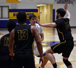 Highlands.Murphy.basketball.V.boys (23)