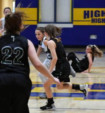 Summit.Tallulah.basketball.MS.girls.tristate (8)