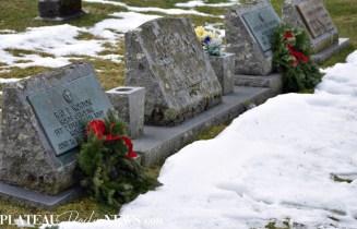 Wreaths.Highlands.Cemetray (20)