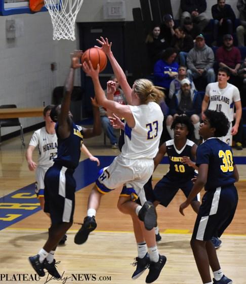 Highlands.Langtree.Charter.basketball.V.boys (26)