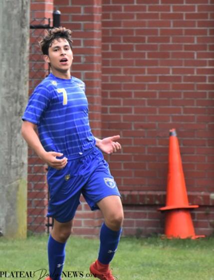 Highlands.E.Henderson.soccer.V (22)