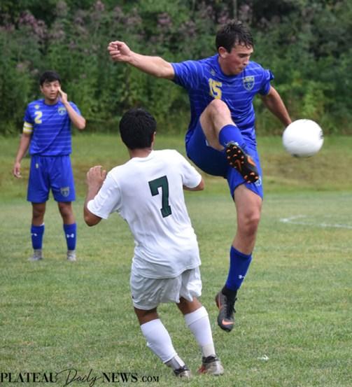 Highlands.E.Henderson.soccer.V (69)