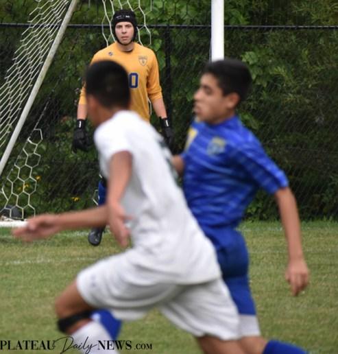 Highlands.E.Henderson.soccer.V (9)
