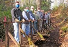 Greenway.bridge.volunteers