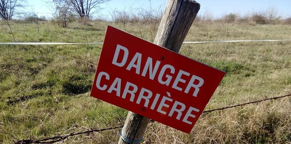 Danger, la carrière de Châteaugay