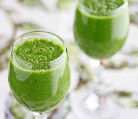 Breakfast Green Smoothie