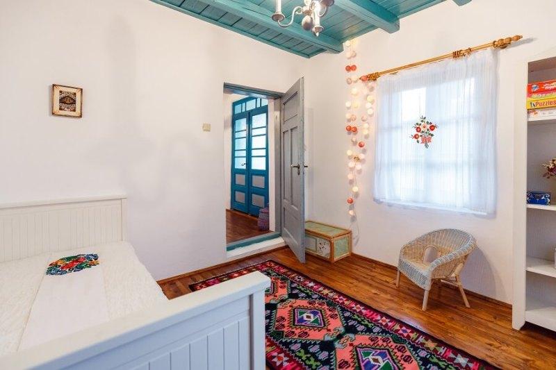 Casa de la Tara - Alina Alexe Decoraktiva, casa traditionala reconditionata (16)