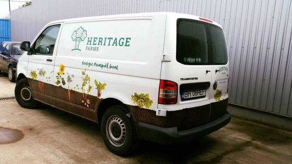 masina-de-livrari-heritage-farms