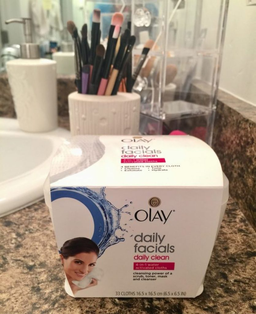 How to Get the Best Cleanse + Super Easy Daily Facials from Olay!