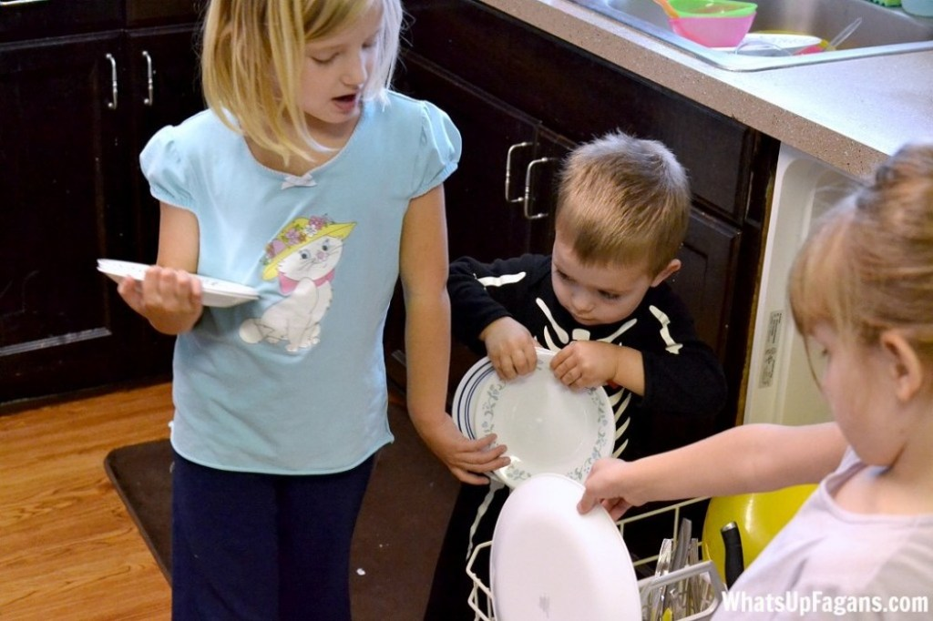 How to teach your child to unload the dishwasher and not break anything!