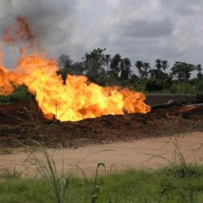 IRIN news: Gas flares still a burning issue in the Niger Delta