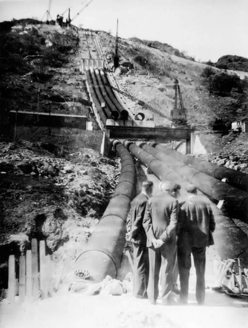 Dam at Loch Sloy under construction in 1949