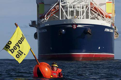 Greenpeace activists blocking the Stena Dee drill ship