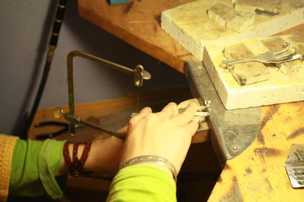 Platinela taller de joyería artesana en Bilbao