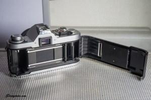 CANON AV-1 + 50mm F:1.8