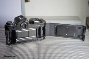 NIKON FE NOIR + 50mm F:1.8