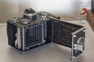 Rolleiflex 3.5F model 3 Planar 75mm F:3.5