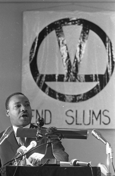 martin-luther-king-endslums