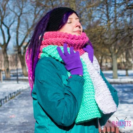 Толстый пастельный вязаный шарф в полоску ручной работы