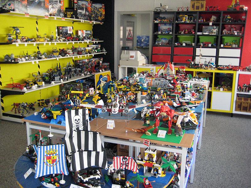 Erics Schatzkiste Lego Tisch