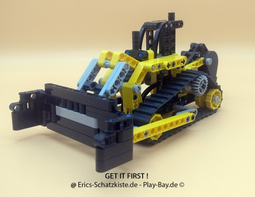 Lego® 84194 [Technic] Planierraupe Excavator (Get it @ PLAY-BAY.de)