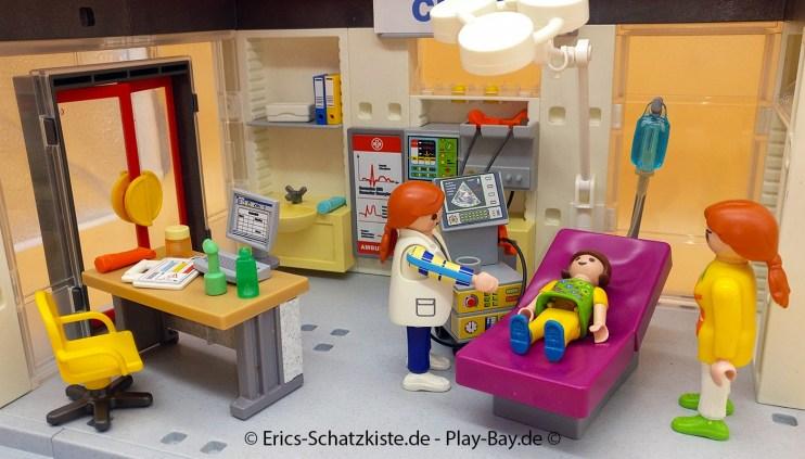 Playmobil® 5012 Ambulanz mit Notfall-PKW (Get it @ PLAY-BAY.de)
