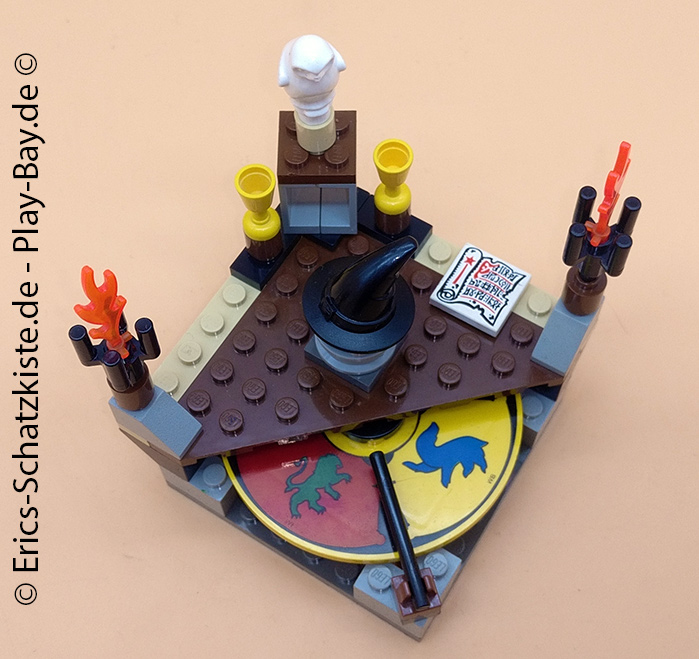 Lego® 4701 [Harry Potter] Der sprechende Hut / Sorting Hat (Get it @ PLAY-BAY.de)