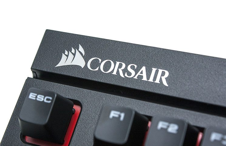 Corsair STRAFE Mechanical Keyboard Review