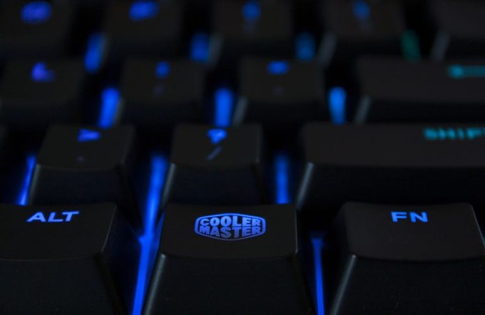 Cooler Master Masterkeys Pro L Mechanical Keyboard Review 2