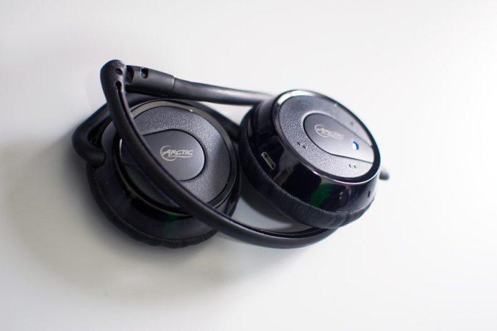 Arctic-P324BT-Headset-Folded