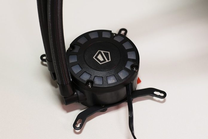 id-cooling-frostflow-240l-review-2