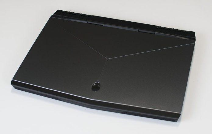 Alienware 15 R3 Laptop Review 1