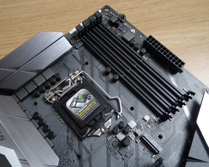 ROG STrix Z370F ram slots