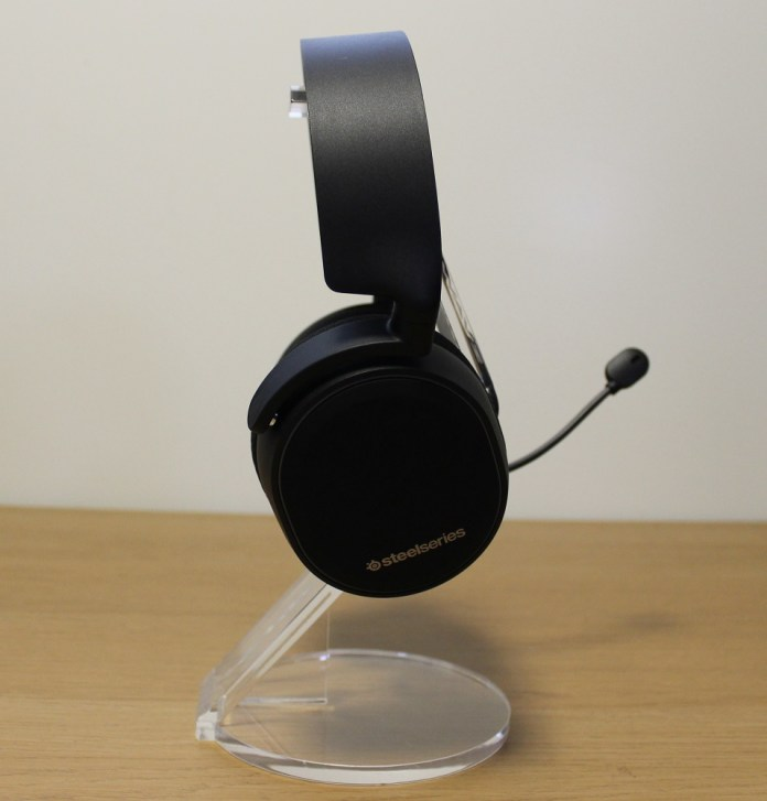 Steelseries Arctis 3 BT right view