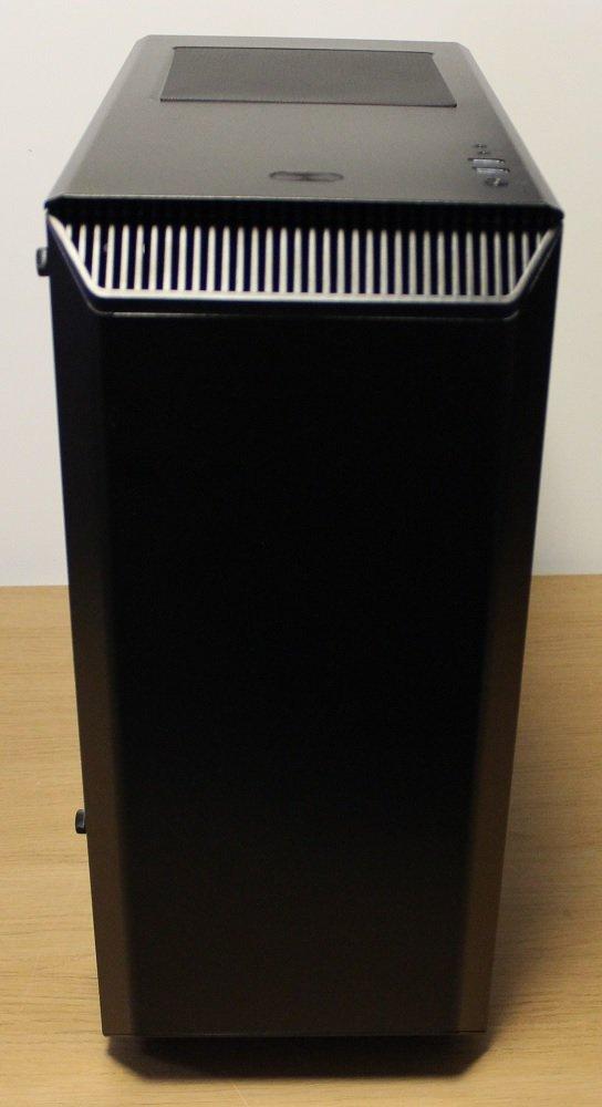 Phanteks P300 Case front