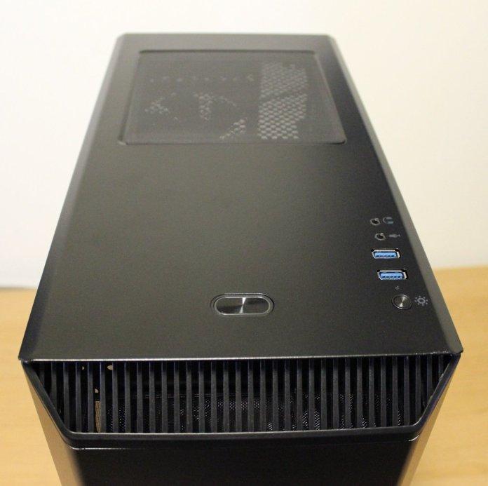 Phanteks P300 Case top
