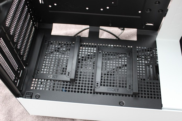 NZXT H500i 2.5 hdd mounts