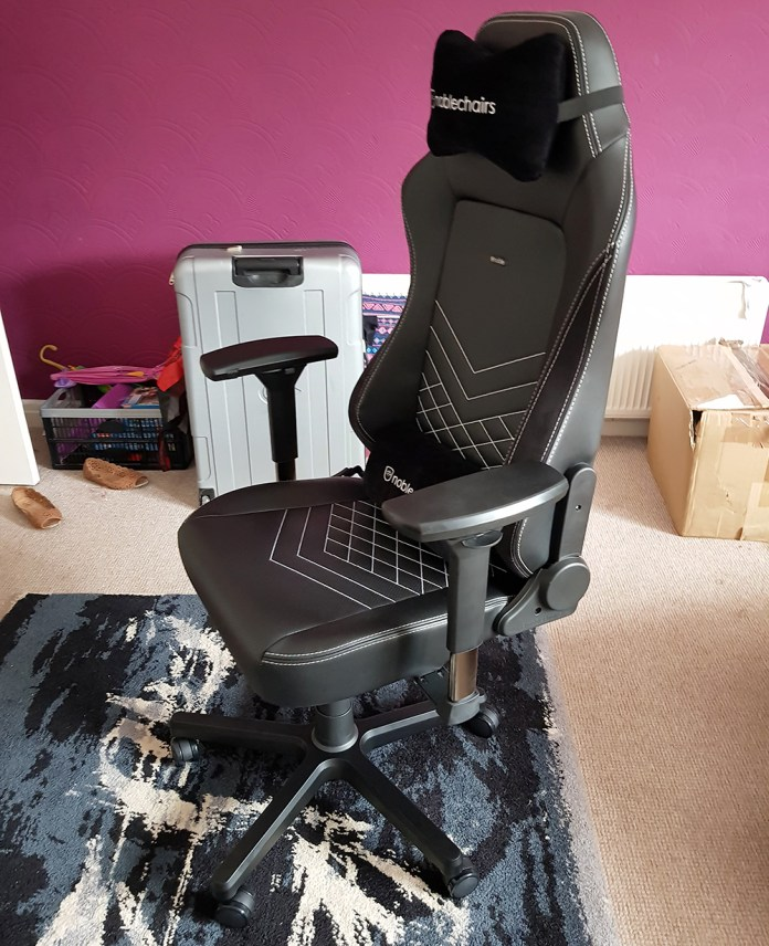 noblechair HERO gaming chair 2