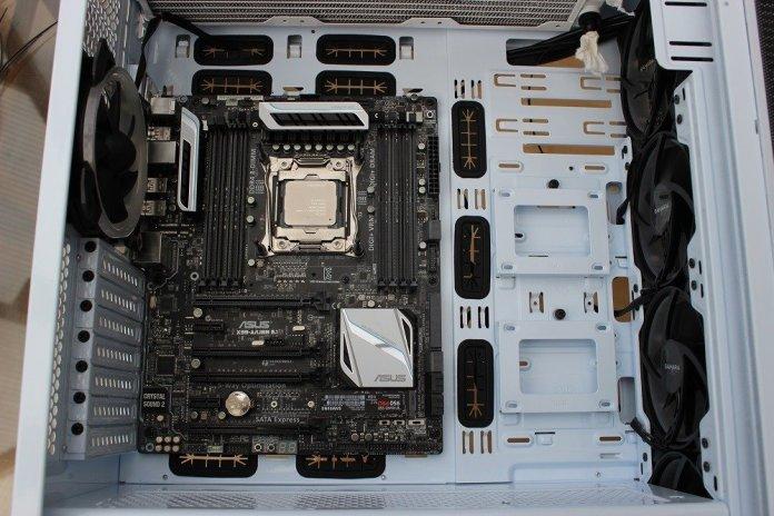 sahara p75 motherboard mount