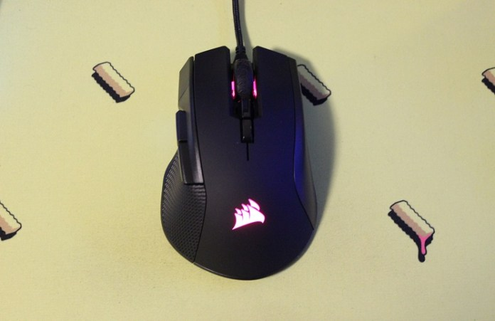 Corsair Ironclaw RGB MMO/FPS Gaming Mouse Review