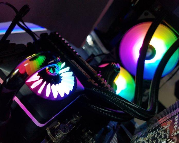 Gamer Storm Captain 240 Pro RGB