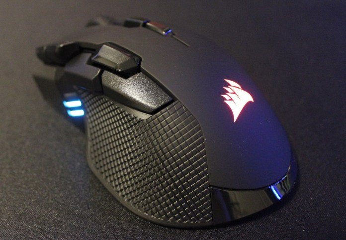 Corsair Ironclaw RGB Wireless powered on