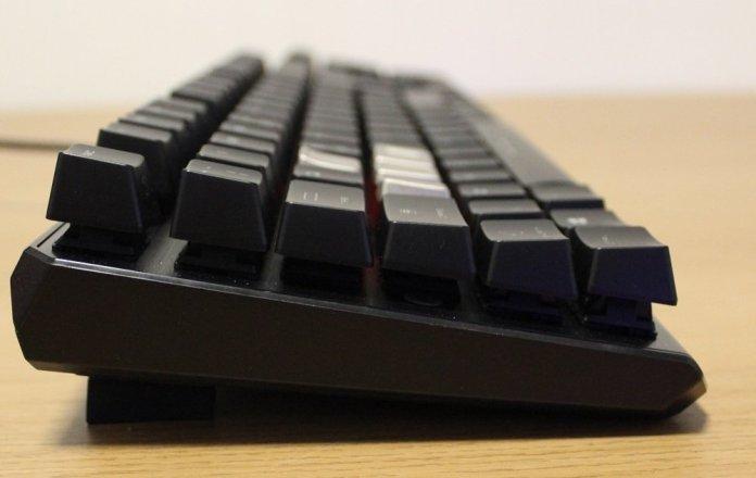 MSI Vigor GK60 Keyboard side profile