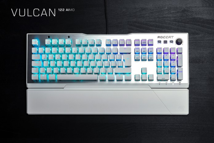ROCCAT Vulcan 122 Real-Pic Red-Switch 1000
