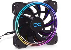 An illuminated Alphacool Eiszyklon Aurora LUX PRO 2 120mm fan, from the front in the light