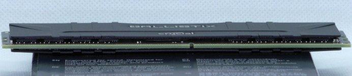 crucial-ballistix-rgb-ddr4-3600-2x8gb-module-pcb-layout